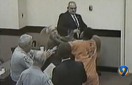 south carolina man punches public defender video