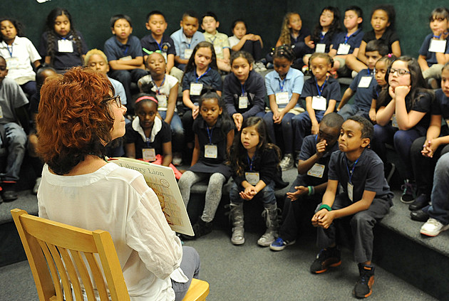 Mindy Sterling Reads To L.A. Elementary Students To Launch SAG Foundation's Newest Storyline Online video